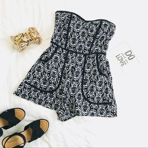 NWOT Xhilaration Romper Black & White Sz Small